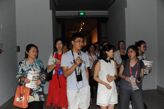 """中国美术馆举行""""志愿者素质与技能培训""""主题日活动"""